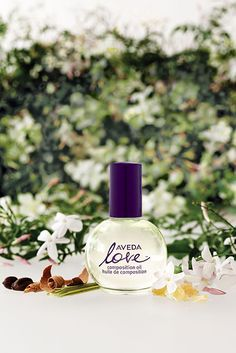 Aveda Love Composition oil | Since the 100% natural ingredients , hair care , skin care , body care , bath oil multi to be available , such as , feature a blend of aromas that resonate with five senses enough to also be used in meditation. Outer box 100% (PCR) recycled paper. Such as 1 $ 400 per bottle will be donated , inherited the thought of Aveda founder , is a special aroma oil packed with Love Heart Eco. #Earth_Day