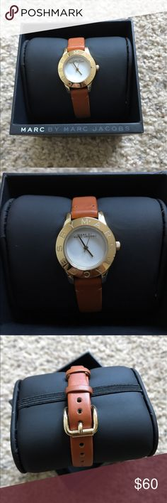 Marc by Marc Jacobs Watch ✨MAKE ME AN OFFER✨Super cute yet simple gold watch. Adjustable wrist strap. Gold detailing. Genuine leather strap. Battery needs to be replaced. Marc by Marc Jacobs Accessories Watches
