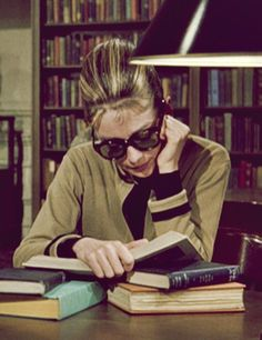 Audrey Hepburn as Holly Golightly in Breakfast at Tiffany's Boom Love, Classic style Love