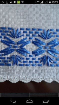 Discover thousands of images about Resultado de imagem para vagonite com fita Silk Ribbon Embroidery, Embroidery Stitches, Embroidery Patterns, Hand Embroidery, Cross Stitch Patterns, Huck Towels, Lace Beadwork, Swedish Weaving Patterns, Ribbon Quilt