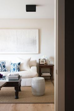 sitting-room-area-Daniel-Boddam-architect-apartment-style-kelly-geddes