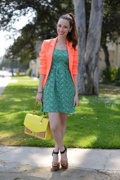 mlovesm 3 spring trends with The Everygirl Look 3: Brights - Some people shy away from bright colors but you can always incorporate them in smaller doses. Try a bright colored blazer or bag, with a more neutral outfit and you'll have the perfect look for spring! #blazer #neon #fluo