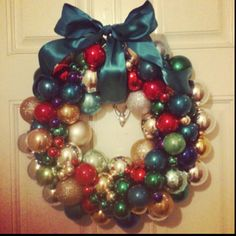 My homemade Vintage Christmas Ornament wreath!