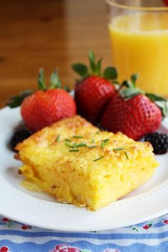 Self-Crusting Quiche--a dense, cheesy, delicious breakfast bake! As long as you are not lactose intolerant as well! Breakfast And Brunch, Breakfast Quiche, Breakfast Dishes, Breakfast Recipes, Brunch Food, Breakfast Casserole, Breakfast Ideas, Quiche Recipes, Brunch Recipes