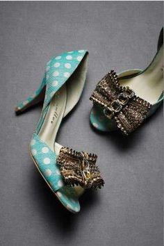 Combina la ropa vintage para ir a la moda - Delicados zapatos vintage con lunares