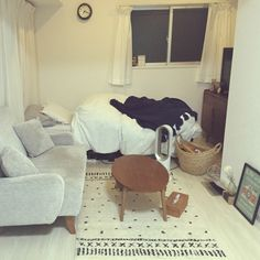 mikaさんの、部屋全体,無印良品,雑貨,ラグ,一人暮らし,unico,セリア,3Coins,のお部屋写真
