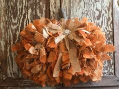 Dollar Tree Pumpkins, Burlap Pumpkins, Dollar Tree Decor, Dollar Tree Crafts, Fall Pumpkins, Fabric Pumpkins, Diy Fall Wreath, Fall Wreaths, Burlap Wreath