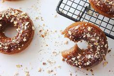 Paleo Almond Vanilla Maple Donuts (39)
