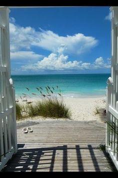 The beach… wait a minute… did you hear that? Wait, got to go… the beach is calling! I Love The Beach, Beach Scenes, Tropical Paradise, Summer Paradise, Ocean Beach, Summer Beach, Summer Picnic, Sand Beach, Beach Picnic