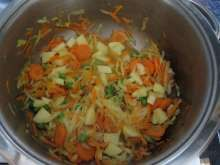 Zeleninová polievka • Recept   svetvomne.sk Ale, Cabbage, Vegetables, Ethnic Recipes, Food, Ale Beer, Essen, Cabbages, Vegetable Recipes