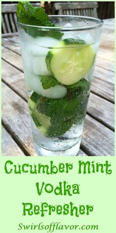 The clean taste of cucumber partnered with the burst of cool flavor from fresh mint and a splash of vodka in this Cucumber Mint Vodka Refresher will certainly cool you off! Perfect for Happy Hour on a warm summer evening or beach or poolside! Cocktails Vodka, Cocktail Drinks, Fun Drinks, Healthy Drinks, Flavored Vodka Drinks, Easy Vodka Drinks, Alcoholic Drinks With Mint, Party Drinks, Cocktail Recipes