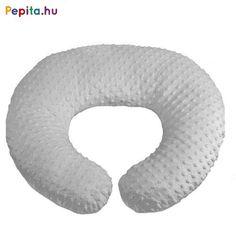 SZOPTATÓS PÁRNA  A DAVIO –szoptatóspárnával az etetés könnyen, kényelmes testhelyzetben történik .  A párna segít biztonságosan, megfelelő magasságban tartani a babát,így megelőzhető a hátfájás. Huzata levehető, mosható, bársonyos tapintású 100% PE anyagból készült Töltete puha szilikonszál, mely hangtalanul megtartja formáját Mérete: 60x55cm Devon, Pillows, Cushions, Pillow Forms, Cushion, Scatter Cushions