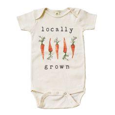 "Organic ""Locally Grown"" Carrot Edition Unbleached Onesie                      – mini + meep"