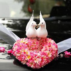 Just Married Car, Bridal Car, Wedding Car Decorations, Deco Originale, Best Wedding Planner, Wedding Company, Tent Wedding, Flower Arrangements, Wedding Flowers