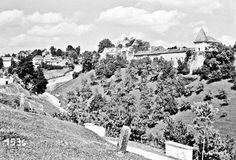 Ostrozac Castle - See this image on Photobucket.