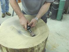 Advice on Dishing a Stump to achieve a wide variety of shapes in metal forming. (Prepare a stump for metal working) Sheet Metal Shop, Sheet Metal Art, Jewelry Tools, Metal Working Tools, Wood Working, Industrial Design, Industrial Furniture, Sculpture Metal, Metal Shaping