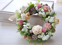 ハンドメイドマーケット minne(ミンネ)| mini-wreath 17cm:白い小花と シュガーアップル