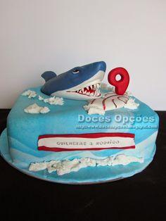 Doces Opções: Bolo de aniversário Hungry Shark