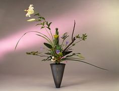 Ikenobo style of Ikebana (flower arrangement)