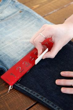 instructions on how to do 3 different types of cut-off jeans