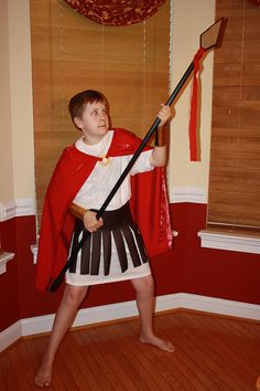 Idea for a Greek god costume. Maybe without the cape and brown strips? Greek Mythology Costumes, Ancient Greek Costumes, Chase Costume, Soldier Costume, Family Costumes, Boy Costumes, Christmas Costumes, Halloween Costumes, Diy Halloween