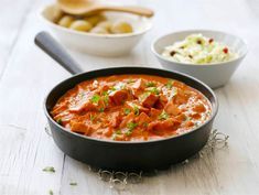 Makkara-stroganov   Valio Wine Recipes, Cooking Recipes, Couscous, Food Inspiration, Stew, Nom Nom, Sausage, Curry, Food And Drink