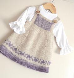 Pinafore dress with no seaming.