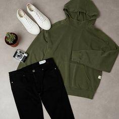 """1,287 curtidas, 7 comentários - primark.MAN (@primark.man) no Instagram: """"Comfy and casual 👌 Jeans £10/€13, Hoodie £12/€16, Shoes £8/€11 #Primark #PrimarkMan #menswear…"""""""