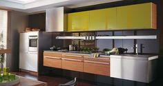 Muebles de cocina. G-645 acabado Mongoy Natural / G-230 Aluminio Anodizado / Cristal Verde Brillo. GAMADECOR.