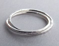 Textured RingsHeavy Textured RingsStacking por FULLMOONJEWELLERY