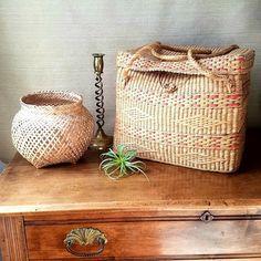 Vintage Woven Storage Basket with Lid, Retro Market Basket, Beach Baby Dog Toys, Boho Chic, Bohemian Decor