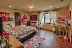 The most perfect bedroom for a teen girl. It's spacious and has everything she could need. Los Ranchos De Abq, NM Coldwell Banker Legacy