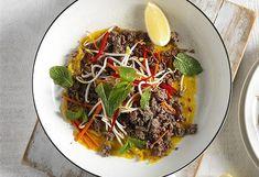 Fiesta skirt steak salad with chargrilled vegetables courtesy of Beefandlamb.com.au