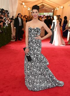 Best Dressed...New York City and the Met Gala 2014 - Pretty Planery(photo:gettyimages) www.prettyplanery.com