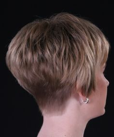 short stacked wedge haircut - Google Search