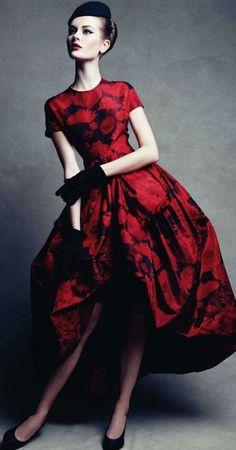 Christian Dior Couture - 1960 - Model: Monika 'Jac' Jagaciak - Photo by Patrick Demarchelier