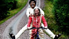 In 1975 a 20 year old Swedish woman called Lotta von Schedvin drove to India with some friends for a few weeks' holiday. While she was there, she met a man in his mid-twenties, called PK Mahanandia, an impoverished art student, who ended up cycling to Sweden to be with her.