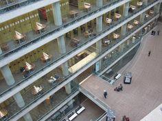 バンクーバー市立図書館(カナダ)