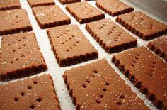 Domácí kakaové sušenky | NejRecept.cz Sweet Pastries, Sponge Cake, Something Sweet, Crinkles, Biscuits, Candy, Snacks, Cookies, Baking