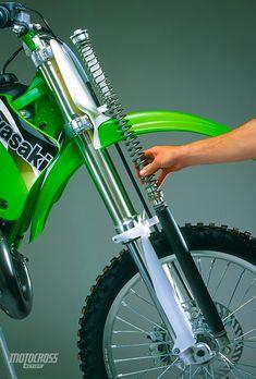 Motocross Action, Motocross Bikes, Kawasaki Dirt Bikes, Mx Bikes, Best Settings, Dirtbikes, Vintage Bikes, Rebounding, Bike Stuff