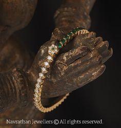 Bracelets for Women – Fine Sea Glass Jewelry Gold Bangles Design, Gold Jewellery Design, Indian Gold Jewellery, Jewellery Rings, India Jewelry, Bridal Jewellery, Gold Jewelry Simple, Stylish Jewelry, Fashion Jewelry