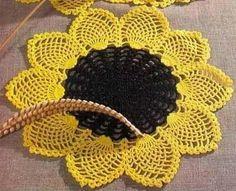 Petits napperons et leurs grilles gratuites ! - Fleurs et Applications au Crochet