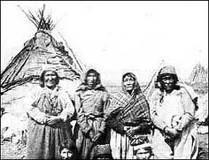 Early photographs show healthy, self-sufficient people extracting a living from a harsh, but delicate land. Known to the French and English fur traders as the Montagnais-Naskapi Indians, the First Nation of Labrador prefers its own name, Innu Nation. Lac Saint Jean, Indian People, Northwest Territories, Aboriginal People, Canadian History, Newfoundland And Labrador, Native American, American Indians, World Religions