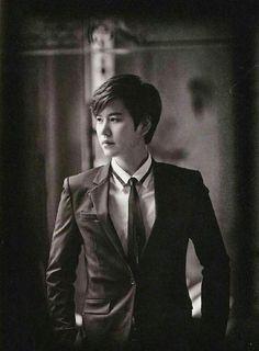 [Scans] 150930 ELF Japan Magazine (Volume 6) with Super Junior [37P] | WorldWideELFs