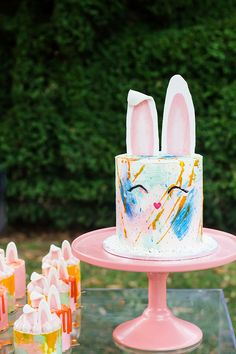 OIP EASTER EDITORIAL - Oh It's Perfect #eastercake #bunnycake #cakeideas #cake