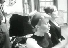 Catherine Deneuve and Françoise Dorléac during the making of Les Demoiselles de Rochefort (Jacques Demy - 1967)