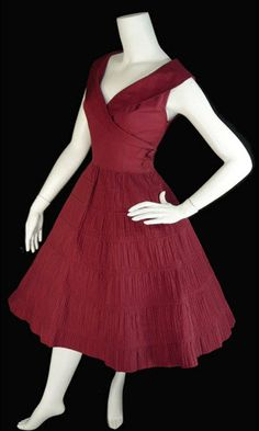 Late 40s Early 50s Vintage dress red full skirt by DressVintage d3243cecdcb