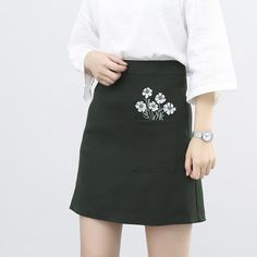 Japanese Kawaii Fashion Skirt on Mori Girl の森ガール.Korean Fashion Flower Pocket Skirt High Waist A-Line Mg585 catches up with the japanese cute style.Get yourself ready to look fashion and keep out the cold on wearing it in the autumn or winter.Don't miss it.