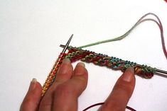 Twisted garter cuff/edging - So neat!.