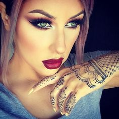 Shadows @anastasiabeverlyhills Maya Mia palette Lashes @houseoflashes iconic Lips @meltcosmetics six6six with @mannakcosmetics Pinot noir gloss